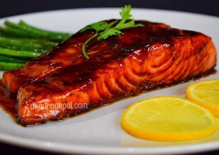 Easiest Way to Prepare Speedy Honey Mustard Glazed Salmon