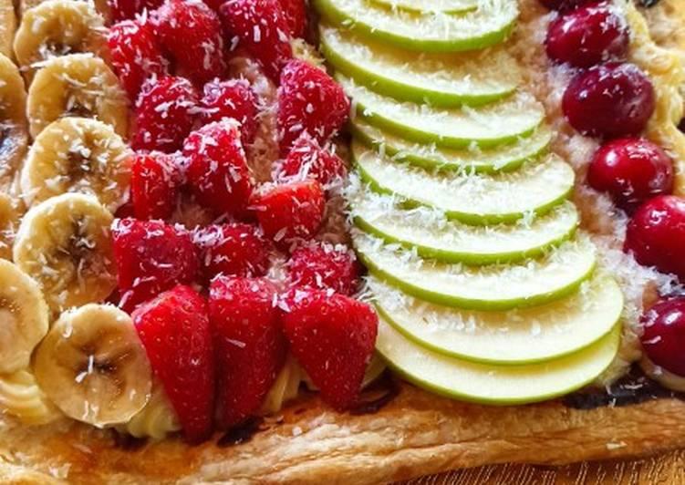 Tarta frutas con chocolate y crema pastelera