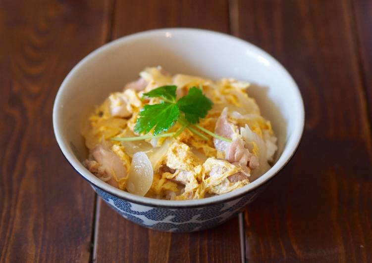 Oyako-don (Chicken and Egg Rice Bowl)