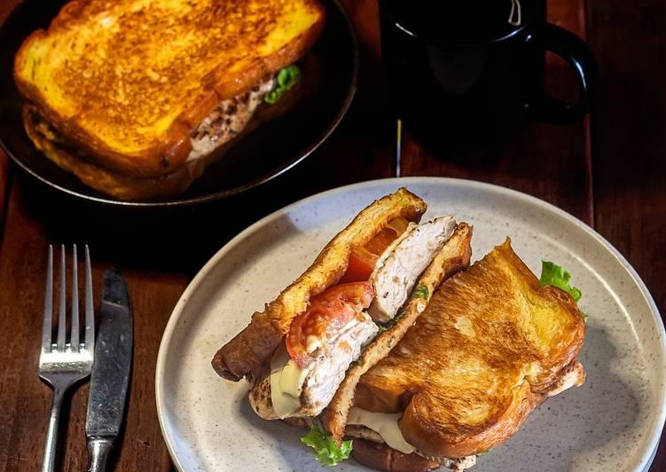 Sandwich Dada Ayam