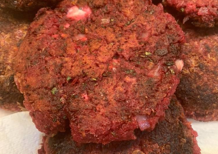Vegetarian Friendly: Beetroot Feta Patties