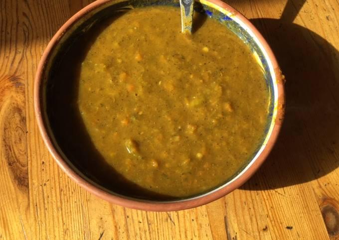 Soupe moulinée aux carottes chou kale et vermicelles