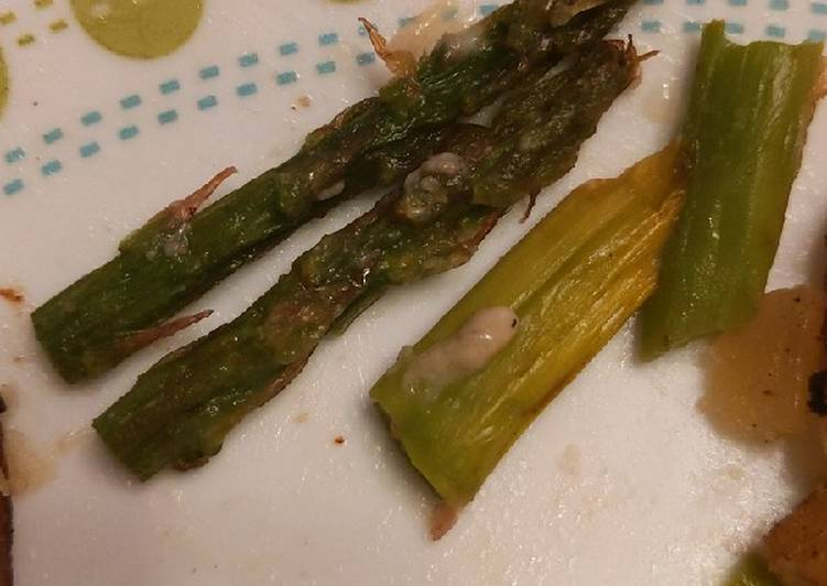 Turn to Food to Elevate Your Mood Sauteed asparagus