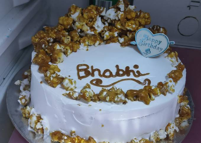 Easiest Way to Prepare Appetizing Caramel Popcorn Cake