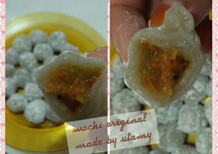 Mochi Mochi original isi kacang ;)