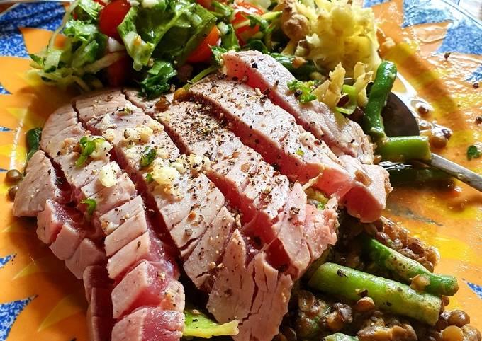Paulos1's 32nd Anniversary Seared Tuna Salad