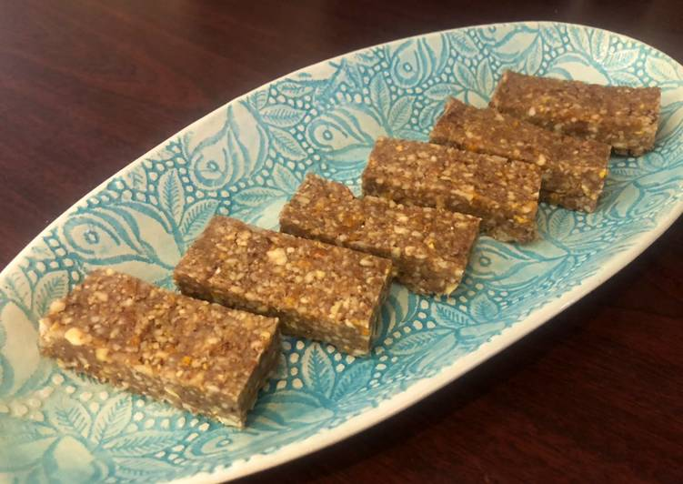 Steps to Make Perfect Mango Nut Protein Bars