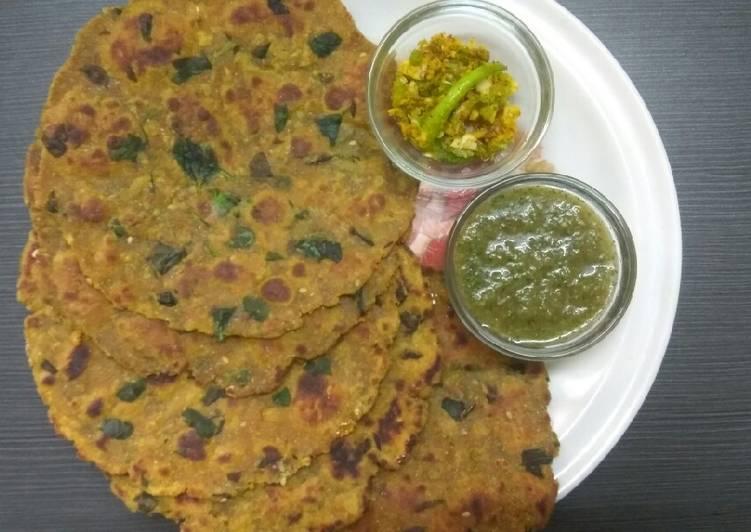 Recipe of Homemade मेथी पराठा (Methi Paratha)