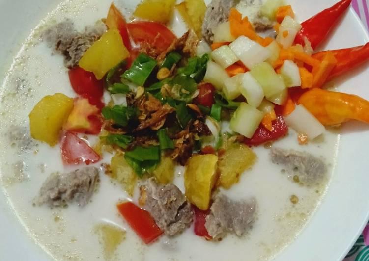 "Soto Daging Kuah Susu ""Betawi"""