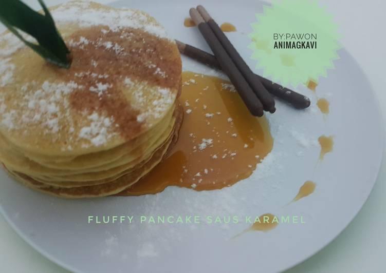 fluffy pancake saus karamel