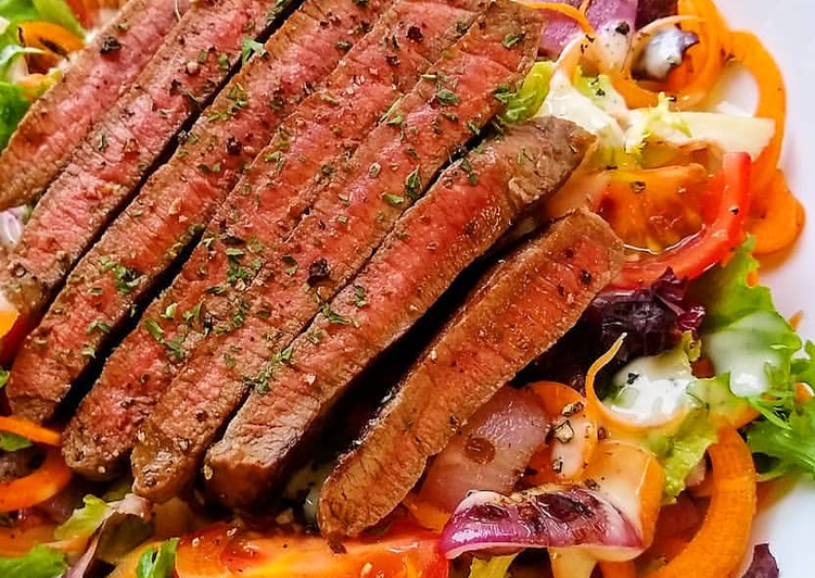 Recipe of Super Quick Homemade Seared Steak Salad With Charred Tomato & Onions