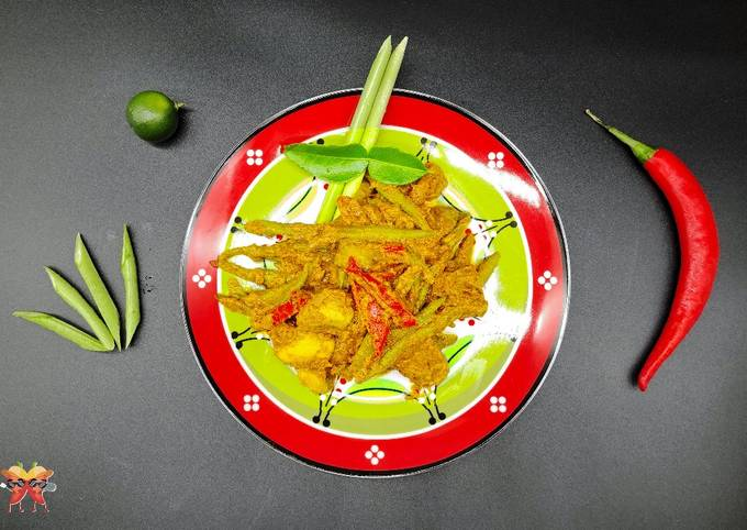 🌶️ Teddy's Indonesian Sambal Goreng (Spicy Coconut Curried Vegetables w Tempeh)