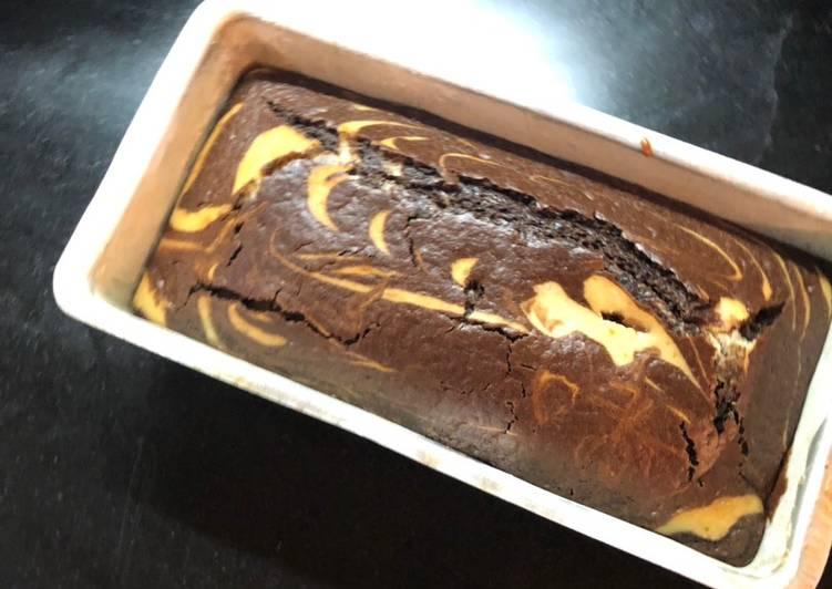 Eggless Chocolate marble cake