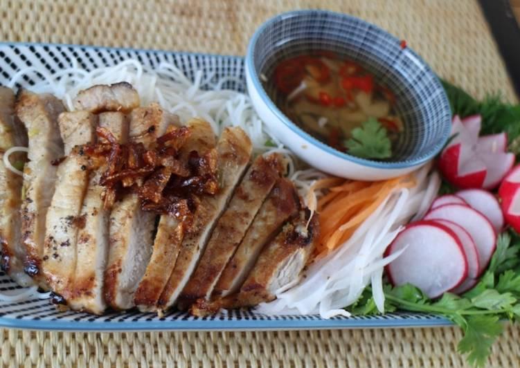 Bun Thit Nuong - BBQ pork Vietnamese style 🔥