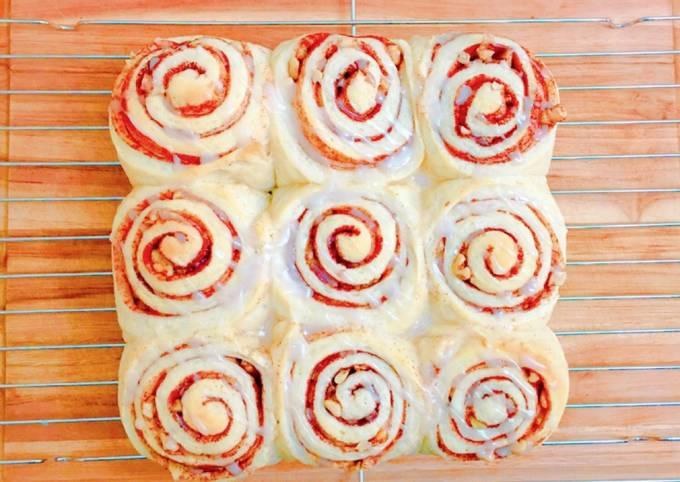 Cinnamon roll -Breakfast-