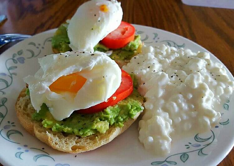 Steps to Make Any-night-of-the-week Poached Eggs with Avocado