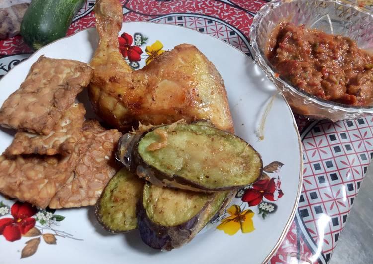 Ayam penyet home made