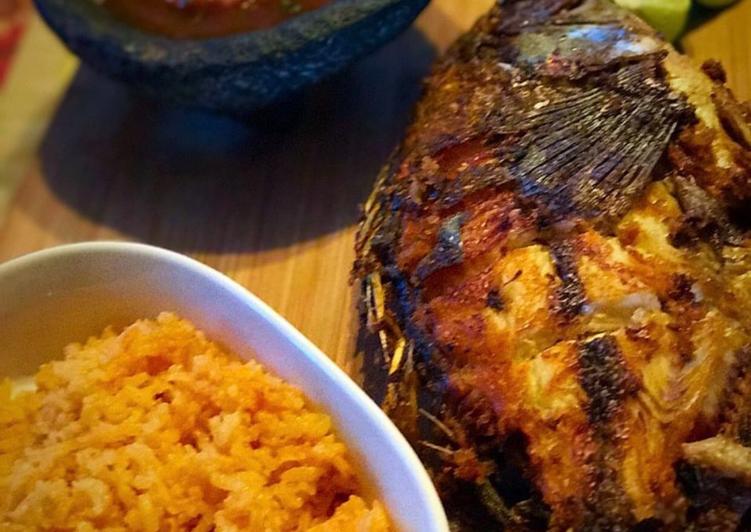"Fried mojarra"" (fried fish)"