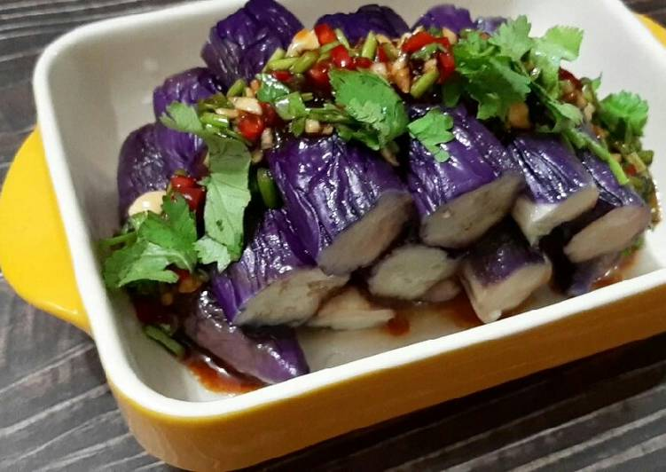 Chilled Eggplant with Garlic Sauce