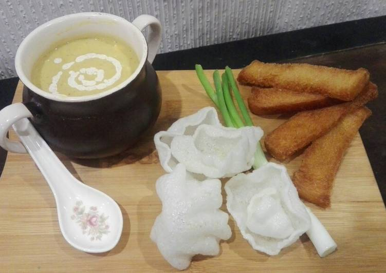 Recipe of Any-night-of-the-week Malligawtani soup with fried garlic bread