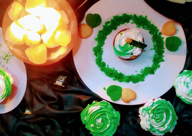 Recipe of Homemade Pakistan theme cupcakes