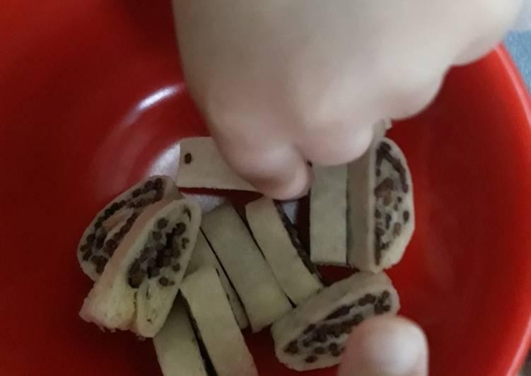 Roti gulung coklat (roti sushi) - sarapan anak 2,5thn