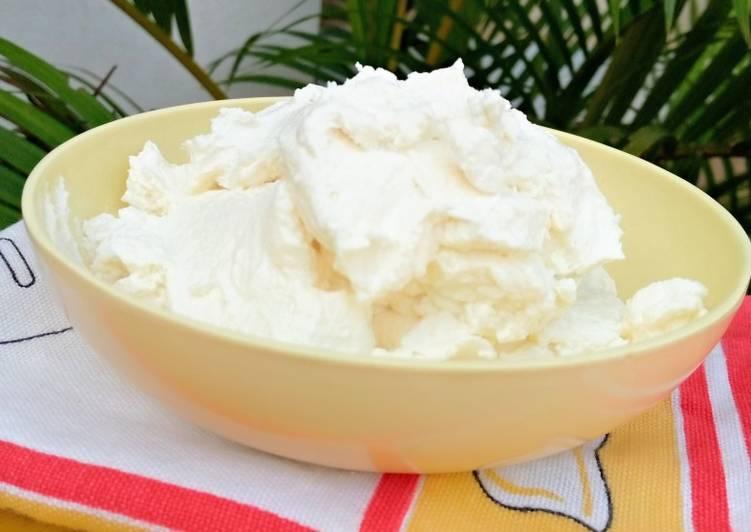 Homemade cream cheese with powdered milk