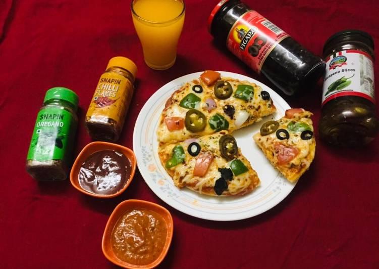 Recipe: Tasty Veg cheese pizza