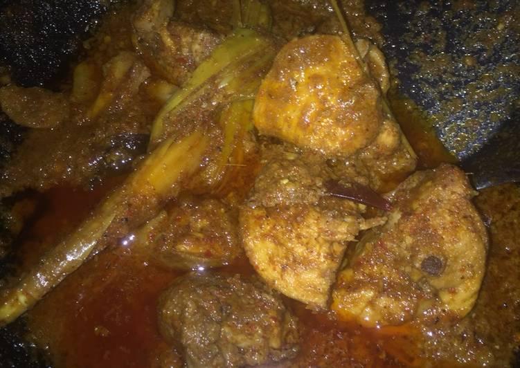 Rendang Ayam Rumahan (Tradisional)