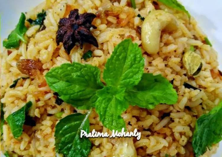 Dry Fruit Biryani