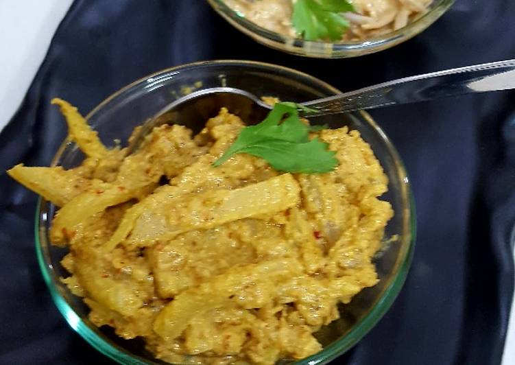 Sesame Chutney of Raddish and Onion
