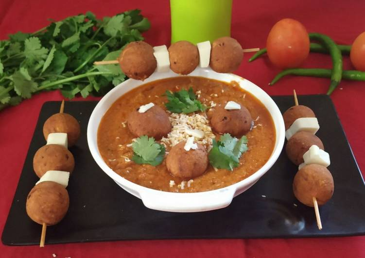 Besani Kofta Curry
