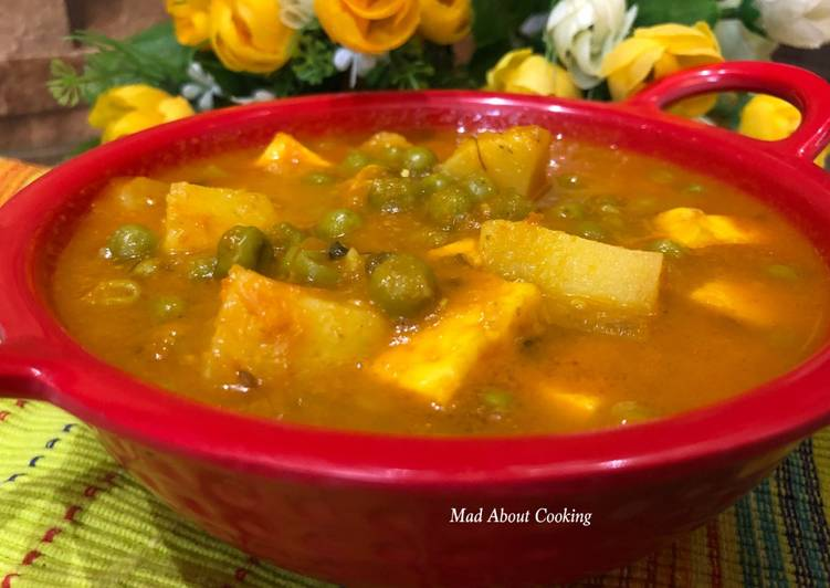 Potato Paneer & Pea Curry Without Onion And Garlic Recipe