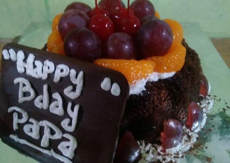 Kue ultah coklat simple - cookandrecipe.com