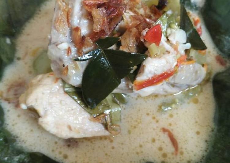Garang Asem Ayam Pedes Mantep