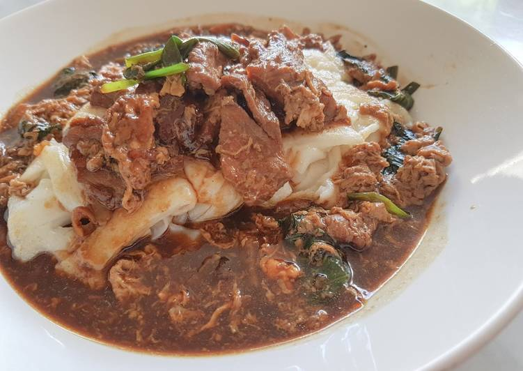 Beef Kwee Tiaw