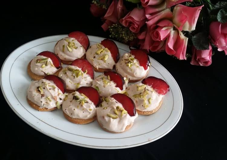 Steps to Make Quick Plum Shrikhand Canapes
