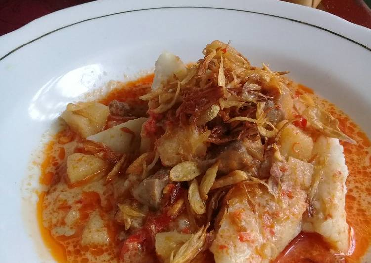 18) Ketupat sambal goreng khas Indramayu #menulebaran
