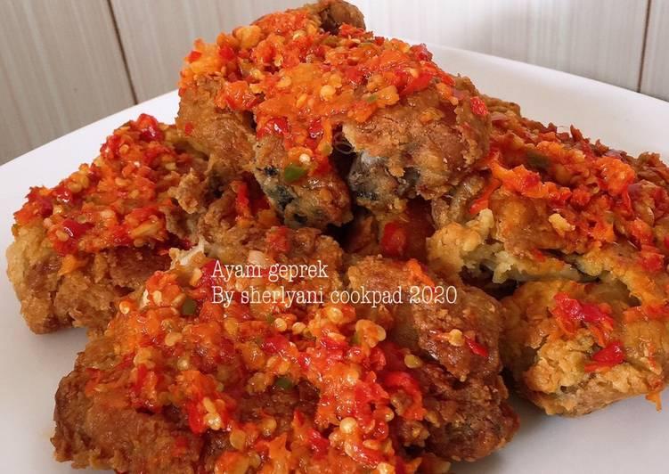 Ayam geprek Mantul