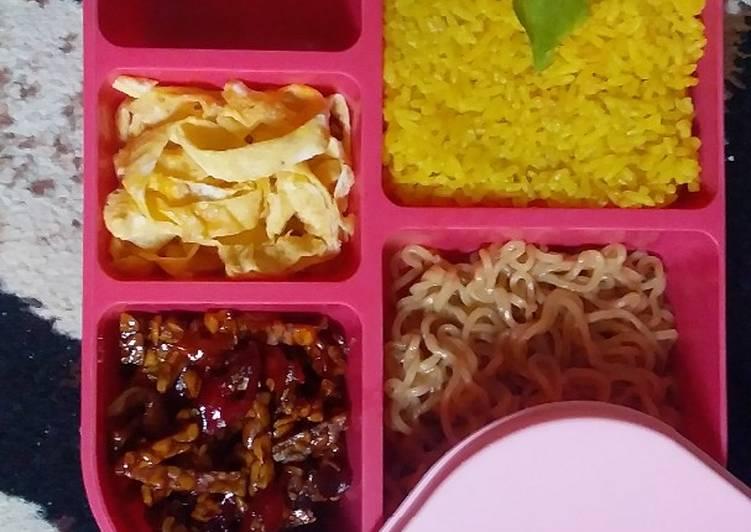 Nasi Kuning Mudah Anti Gagal