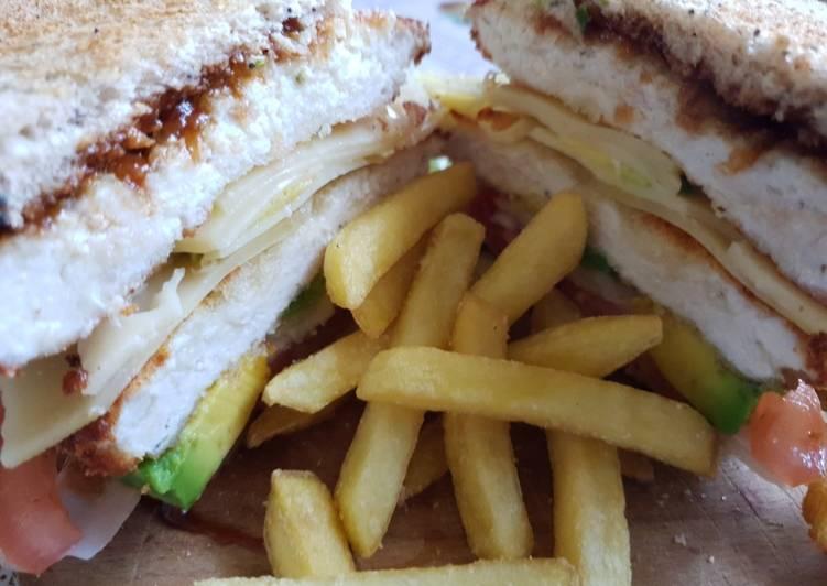 Sándwich de Nugget Gigante