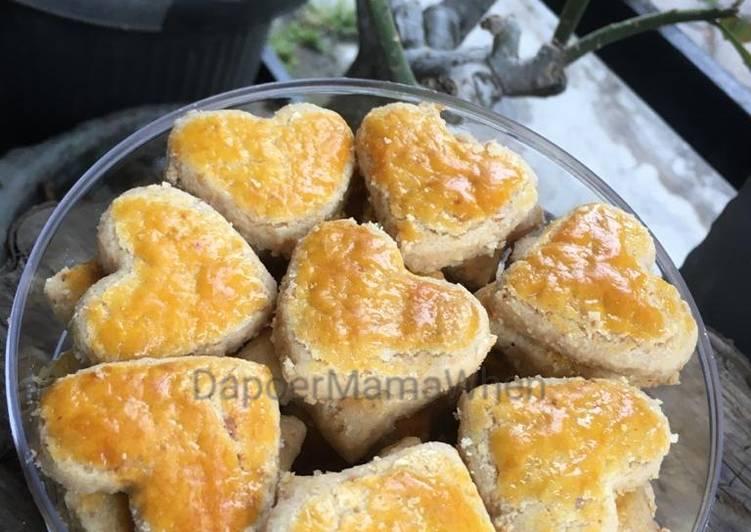 Kue Kacang Love
