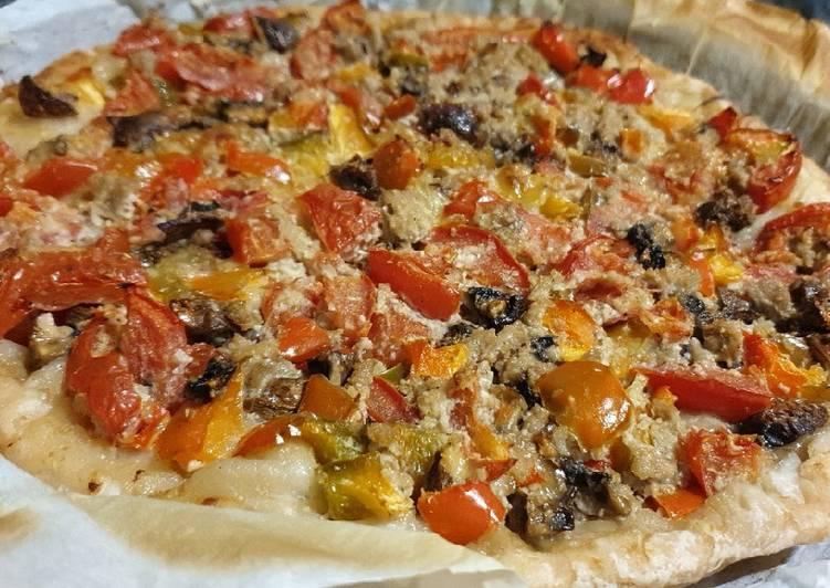 Tarte thon, tomates, poivron, champignon