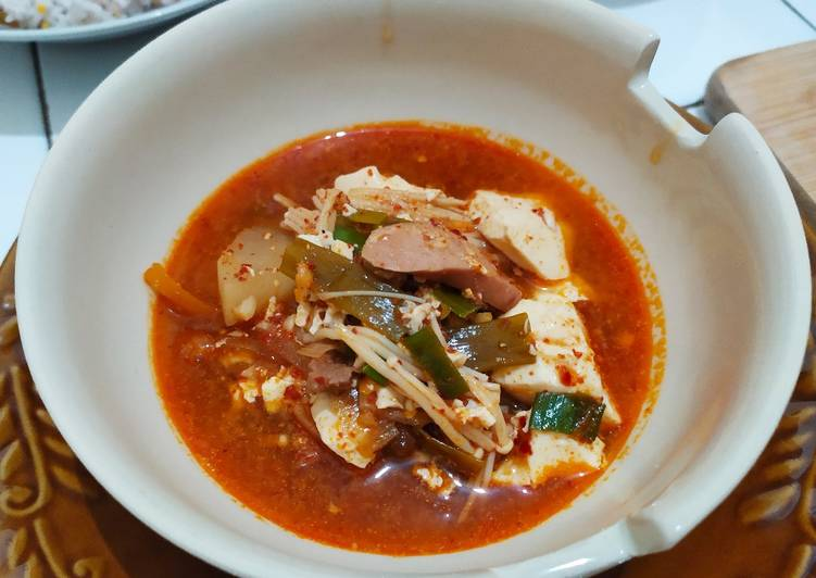 Korean Inspired : Kimchi Sundubu Jjigae (Sup Tahu Kimchi Pedas)
