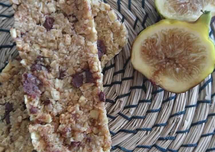 La Meilleur Recette De Barres de céréales pomme choco miel