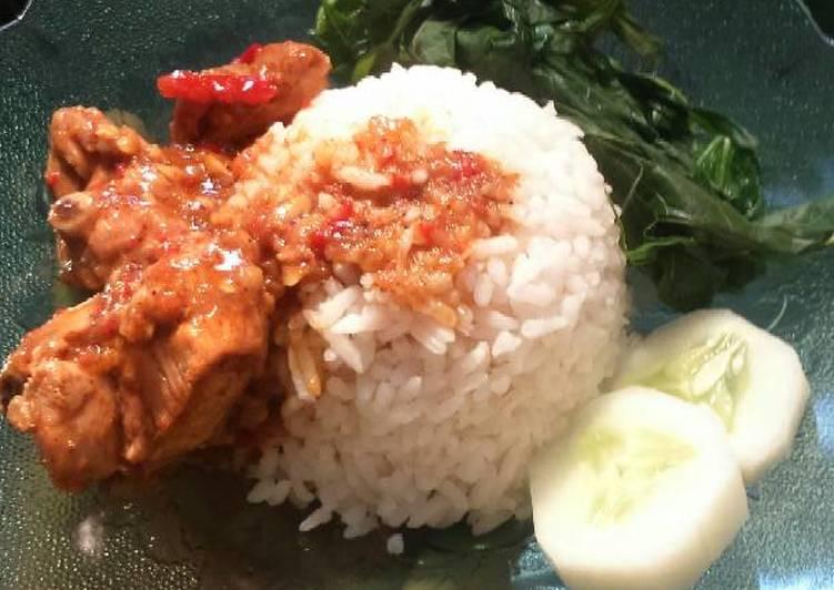 Nasi ayam padang ala2