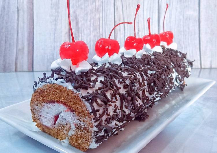 Consuming 14 Superfoods Is A Superb Way To Go Green And Be Healthy Black Forest Swiss Roll Cake | Black Forest Cake | Cakes