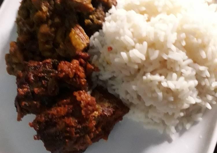Plantain beans porridge and white rice