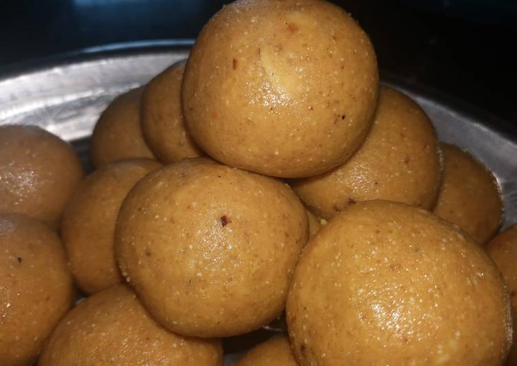Wheat flour and rava laddu