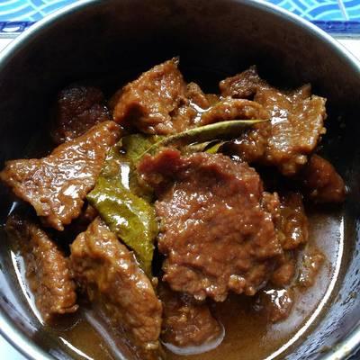Resep Semur Daging Sapi Empuk Simpel Kitaberbagi Oleh Ummu Husain Cookpad